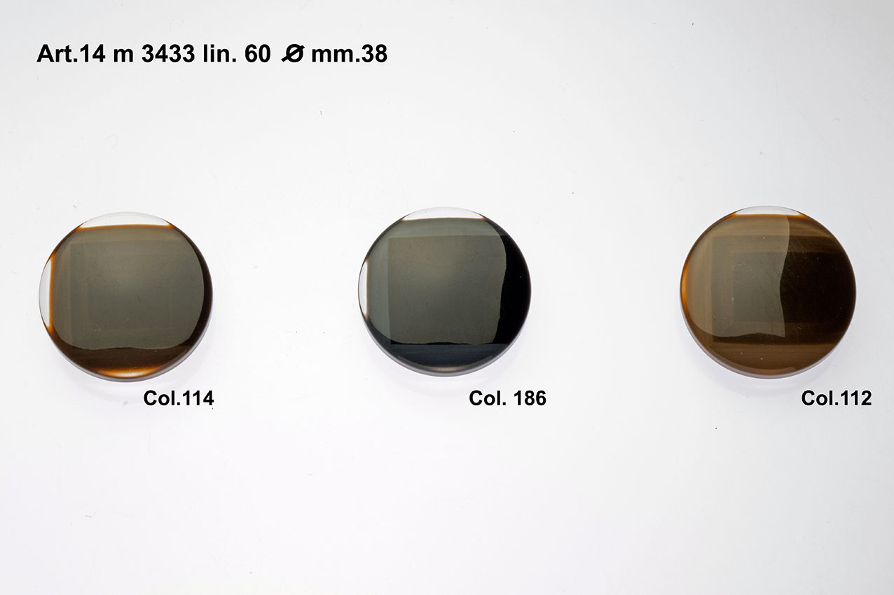 Buttons Item 14M3433 Image
