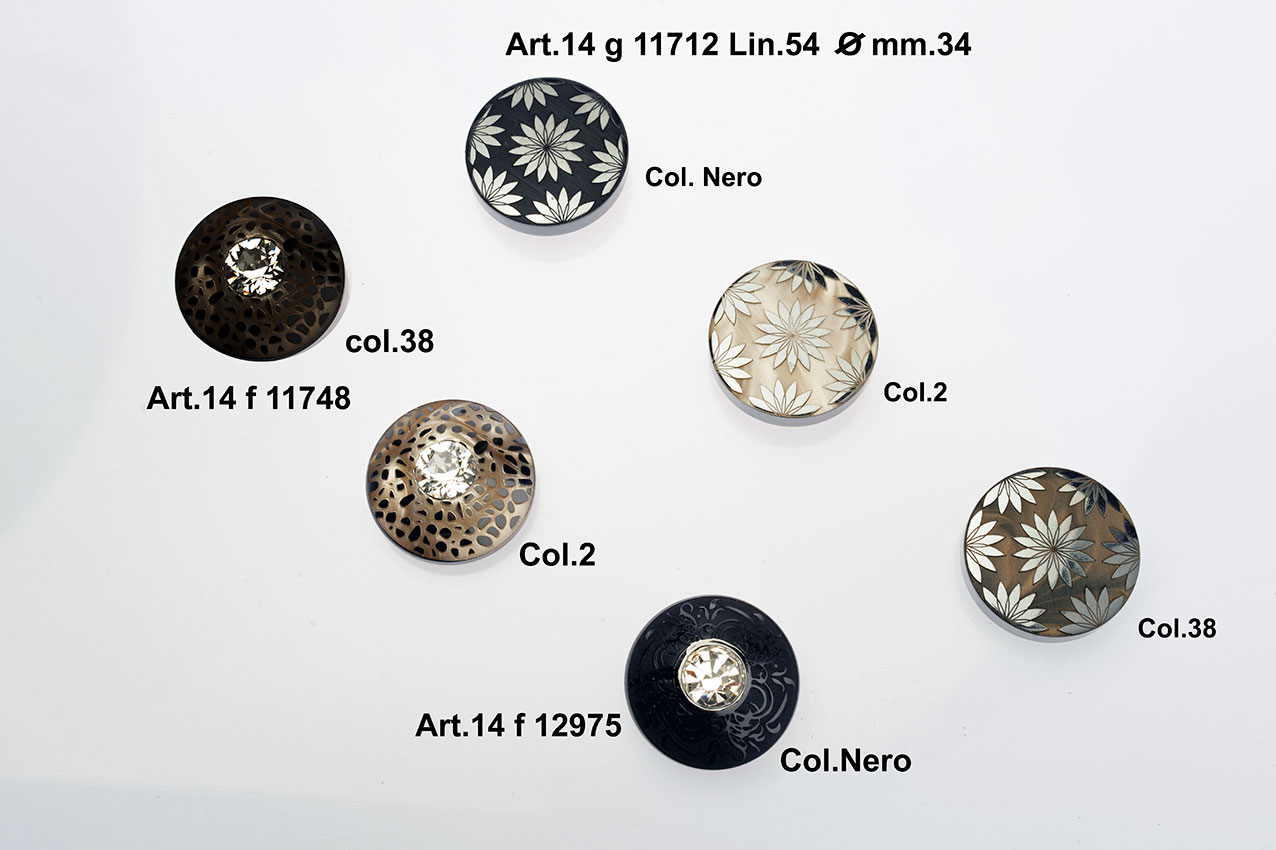 Buttons Item 14G11712 Image